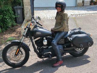 Wer hat Lust mit mir zu Biken HD Fahrerin