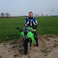Suchte eine sportliche Bikerin/sozia Raum KYF und Umgebung