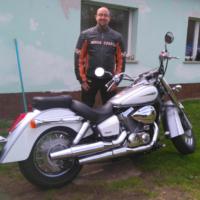 Netter Chopperfahrer sucht Sozia / Bikerin